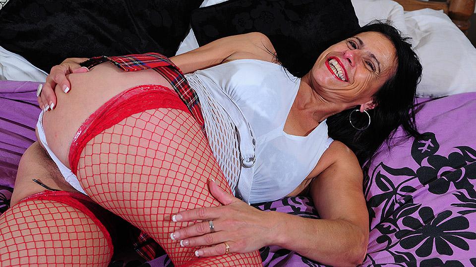 Kinky mature slut playing alone