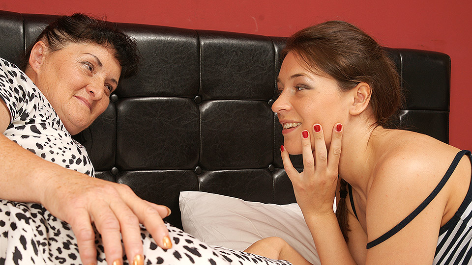 Hot hairy young lesbian having great fun with her older girlfriend