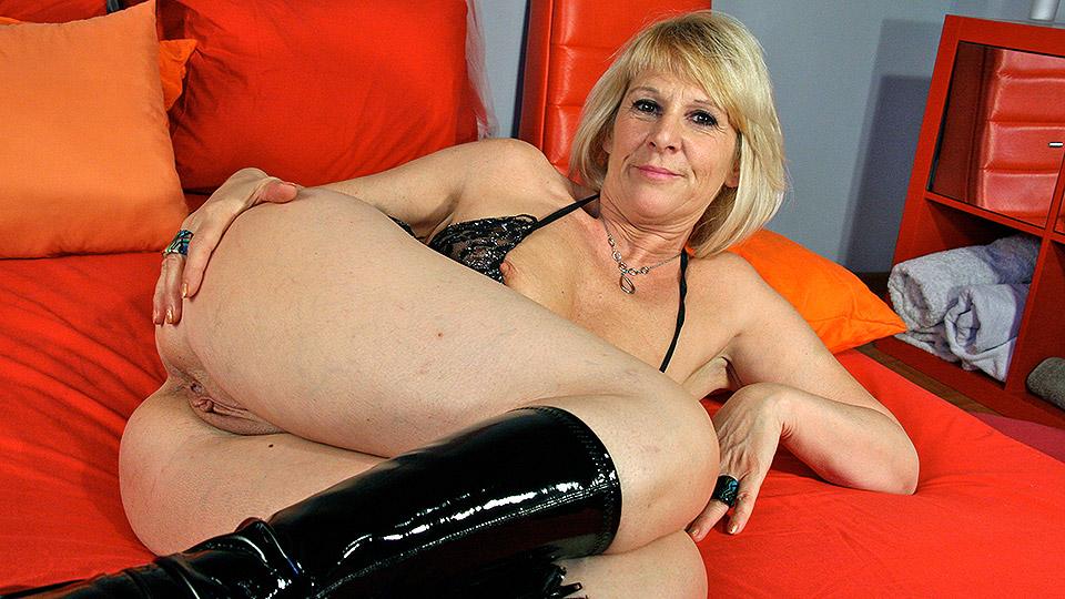 reife swinger foto porno milf lesbike trio