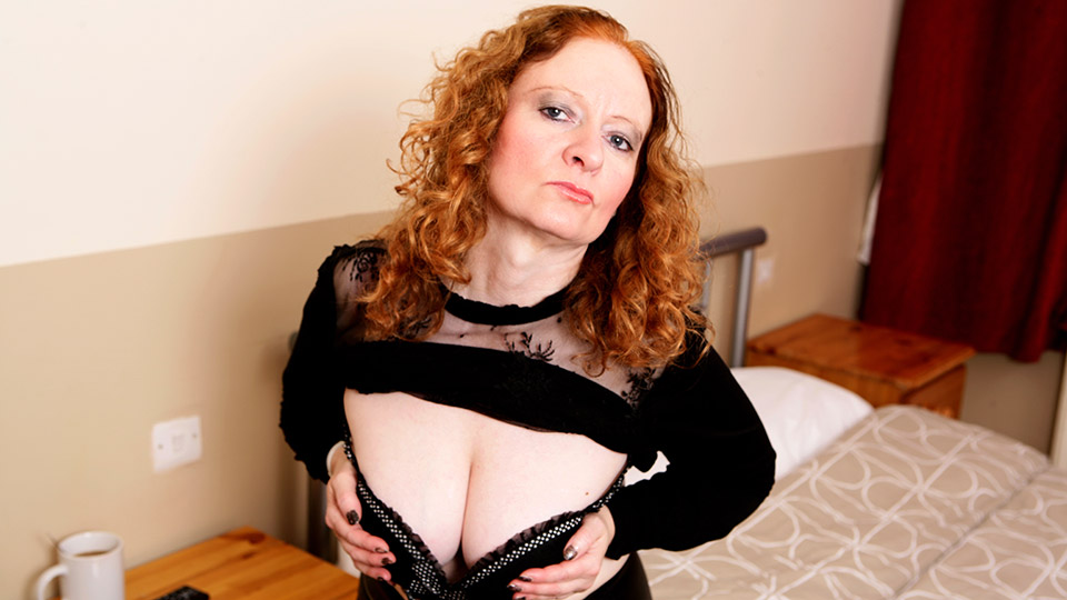 Horny British mature lady playing with herself