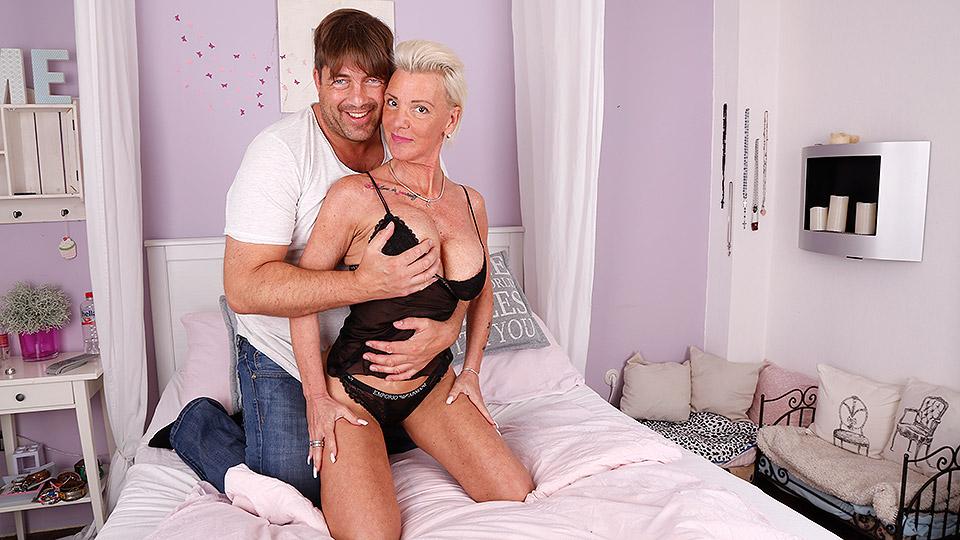 Kinky German housewife sucks big cock and gets fucked hard