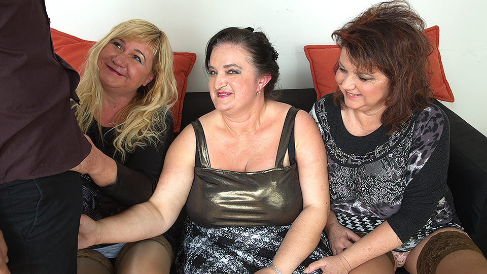 Three chubbu mature sluts fucking one lucky dude