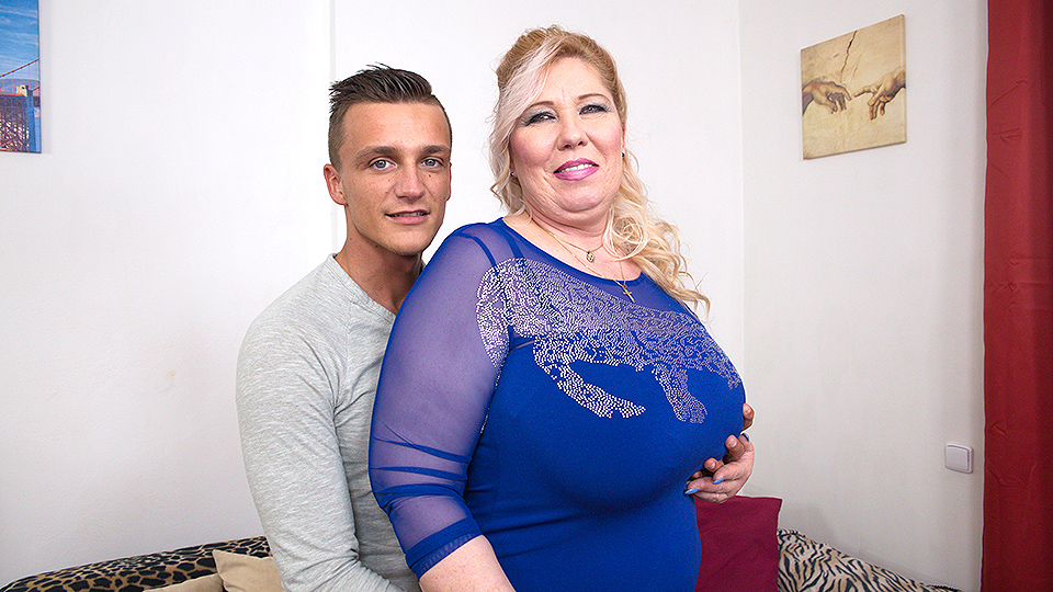 Big breasted mature BBW fucking her toy boy