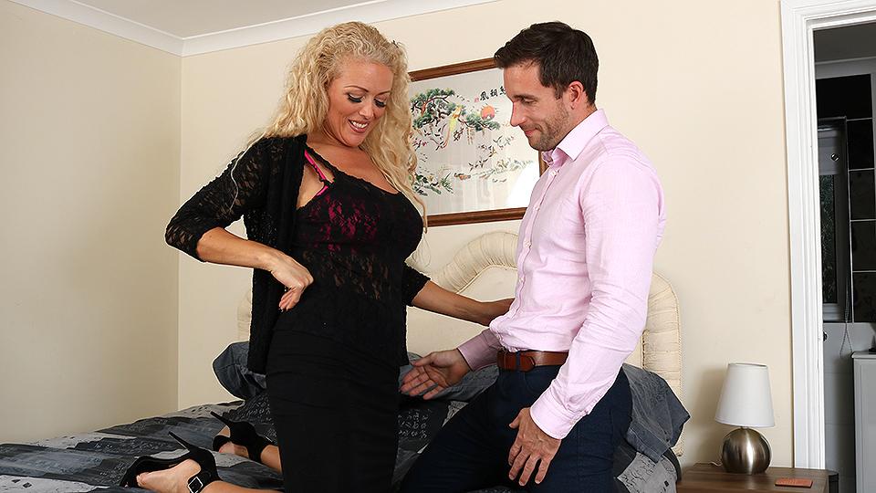 Hot British MILF Rebecca sucking and fucking