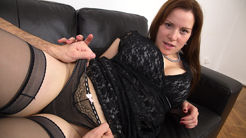 Curvy mom fucking and sucking cock
