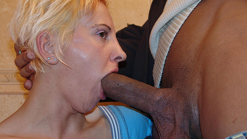 Kinky mature slut licking ass and piss o