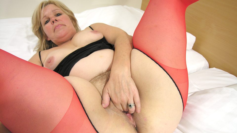 This full madam loves a hard throbbing cock