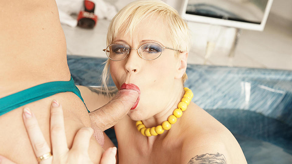 Creampie craving mature slut pisses and