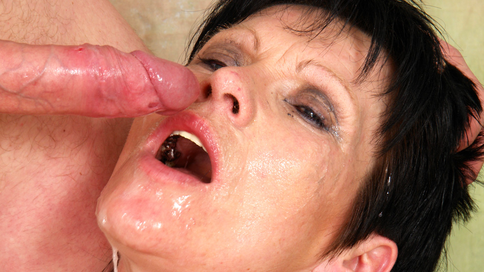 Surprise mouth full of cum