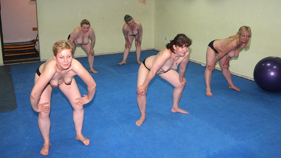 naked girls at gym   hot girls wallpaper
