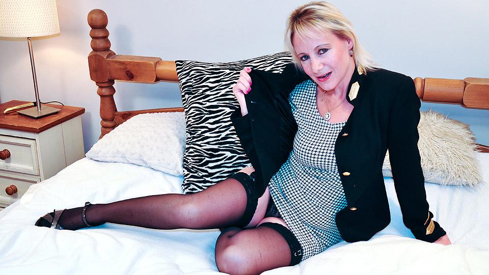 Mature.eu mature women video